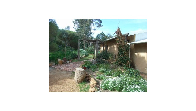 Long term swap- Come and experience Australia for a year -  and stay in our lovely strawbale home.