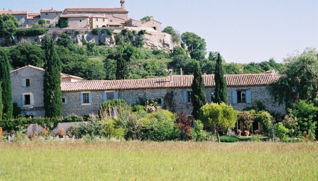Beautiful provencal Mas in unspoiled Provence