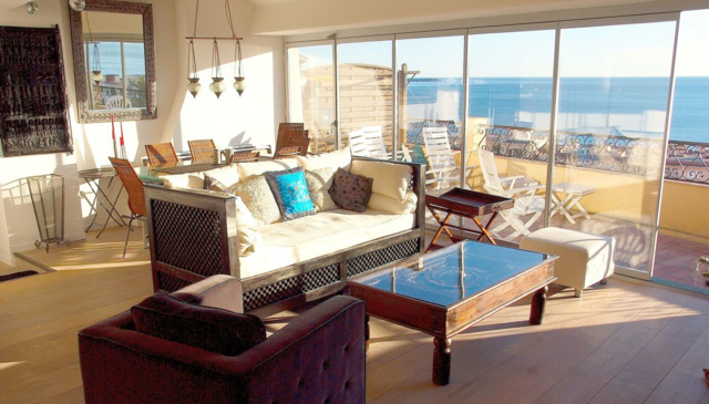 A penthouse apartment with magnificent sea view.
