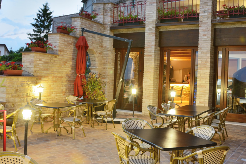Stylish boutique hotel with great facilities montelparo for Boutique hotel marche